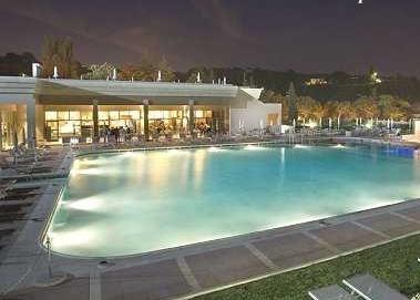 A giugno tornano le notti in piscina a grotta giusti - Grotta giusti piscina ...